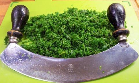 Gulløye med laurbærblad. Til karbonader med grønnkål.