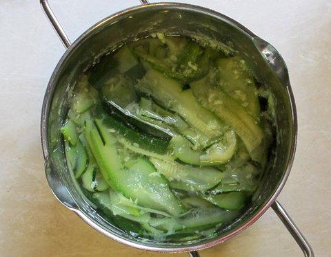 Zucchini koker